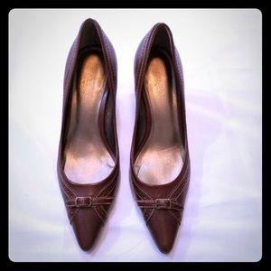 Talbots Size 9 brown heel